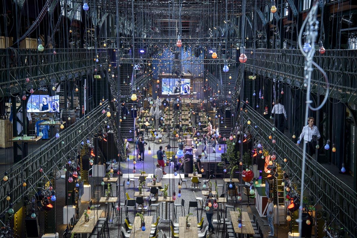 Livestreaming Anbieter für Tagungen Messen und Firmen Events in Hamburg
